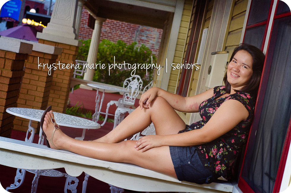 senior portrait girl sitting on porch